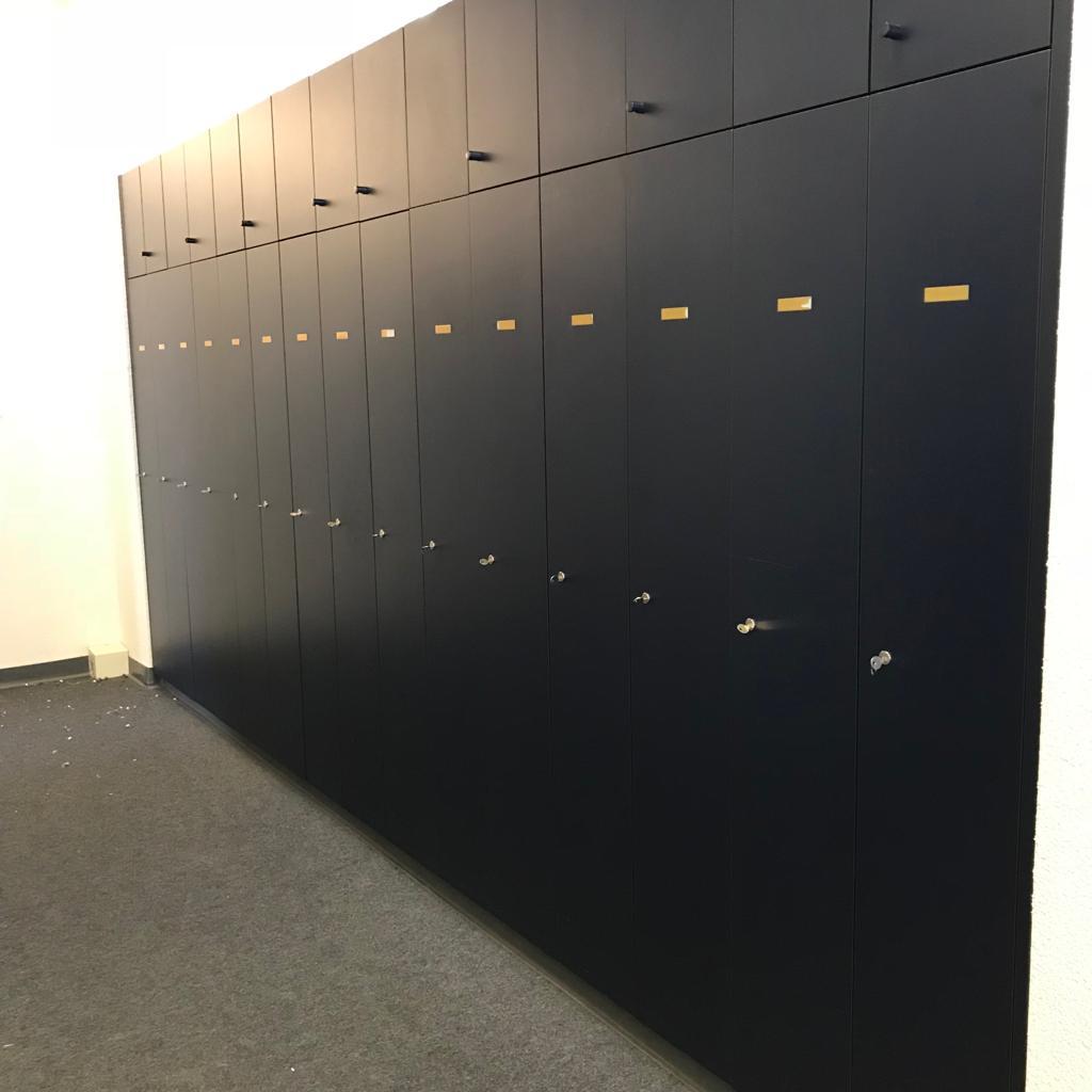 Liquidation Büromöbel Elektronik Bernhard Kunz Liquidator Ag
